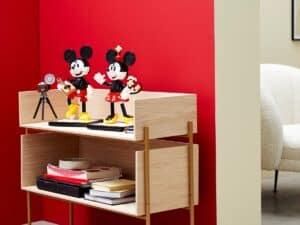lego 43179 personagens para construir mickey mouse e minnie mouse